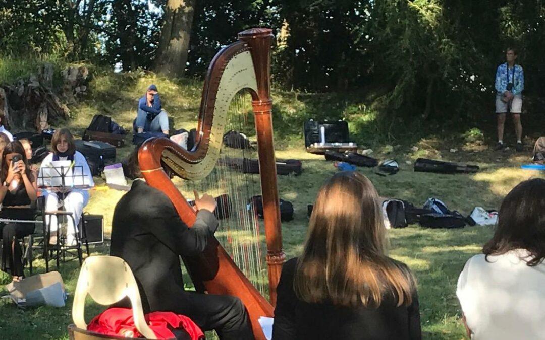 Le festival des Étoiles symphoniques donne la sérénade au donjon d'Avrilly